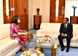 Audience du Président camerounais Paul Biya à la Ministre centrafricaine des Affaires étrangères et des Centrafricains de l'Etranger, Sylvie Baipo Temon